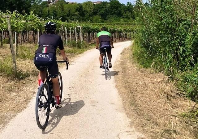 Giro delle cantine e dei mulini in gravel bike