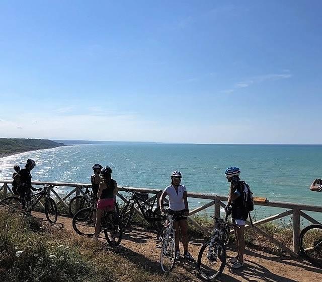 COSTA DEI TRABOCCHI in bici al tramonto