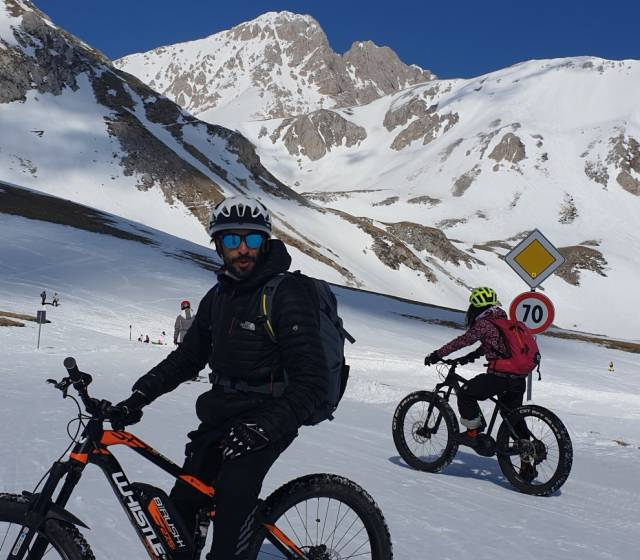 FAT BIKE ON THE SNOW